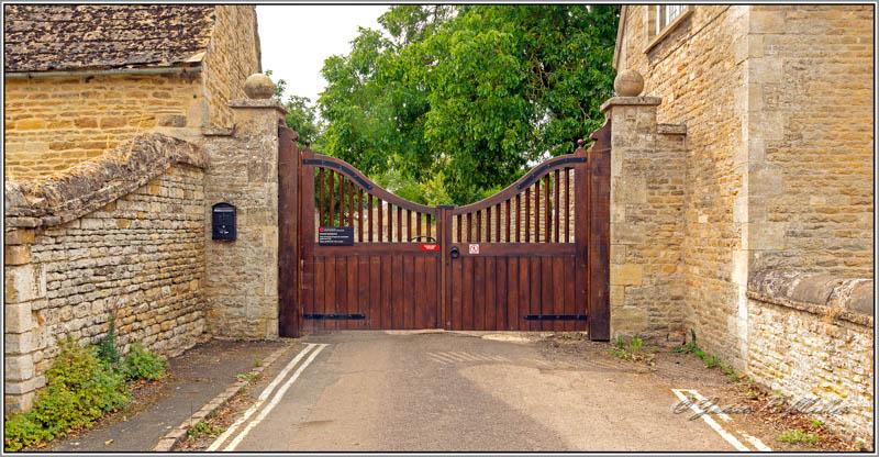 Gates of Apethorpe Palace, Apethorpe, Northamptonshire, England.